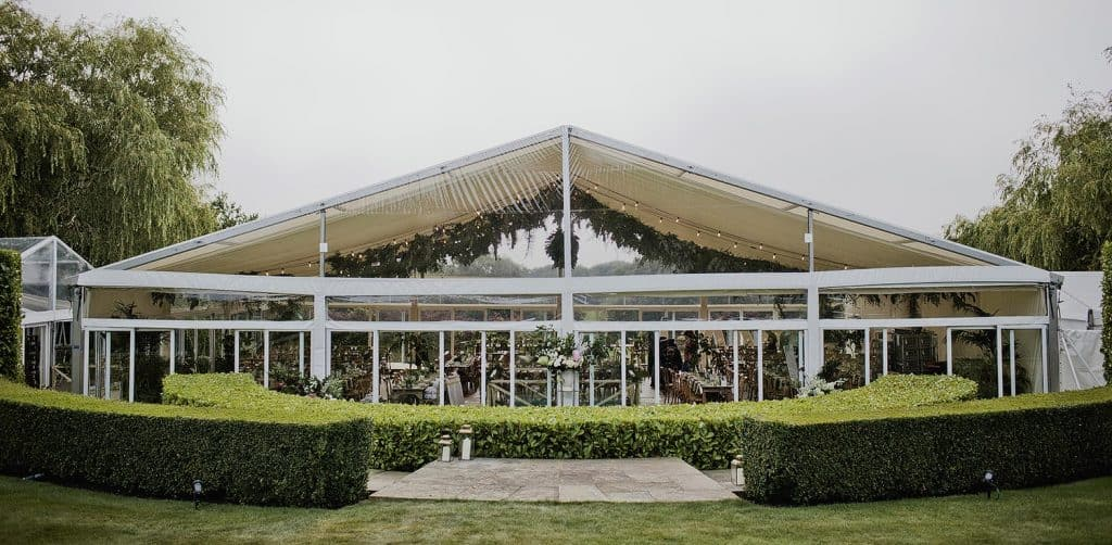 Marquee hire in surrey, large wedding marquee